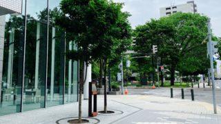 札幌出身の小説家・船山馨生誕地の記念碑は南大通西8丁目にある